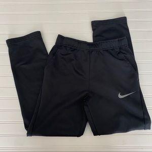 NWOT   Nike Dri-Fit Tapered Sweats   Boys Youth XL